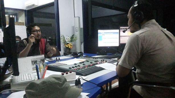 Peliputan CV. Fitrah Cemerlang oleh Radio Suara Surabaya